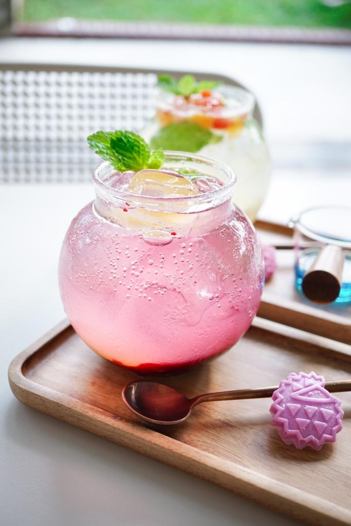 Raspberry Lemonade Soda